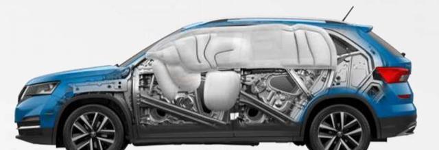 高强度钢材比例高,6大安全气囊,小熊柯米克安全性让沃尔沃敬佩