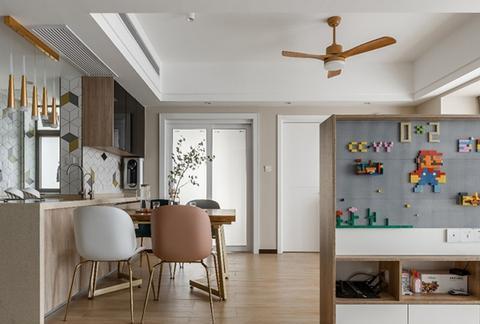 96㎡开放式装修,客厅大面积开窗,采光充足,清新通透好格局