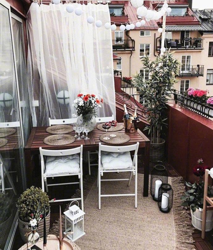 拥有一个舒服的阳台就是半个世界