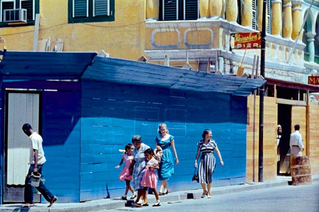 老照片:古巴,1954年。资料:visual history