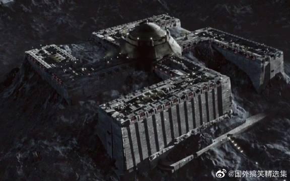 速看科幻电影《钢铁苍穹》,月球暗面真的有个军事基地,可怕!