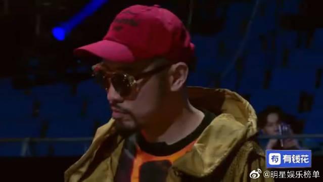 热狗吐槽rapper风格雷同,期望看到不一样!