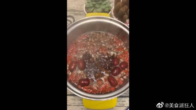 美容养颜的枸杞粥,有利于促进血液循环!