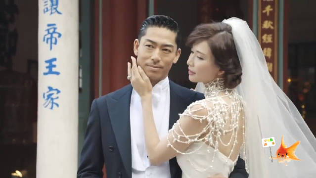 林志玲婚纱照拍摄花絮曝光!手捧老公的脸颊深情对望画面甜炸