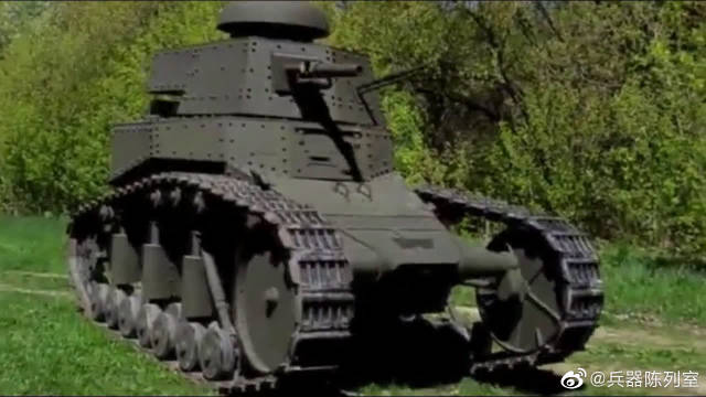 MC1轻型坦克,别看个头小,开起火来可一点都不含糊。
