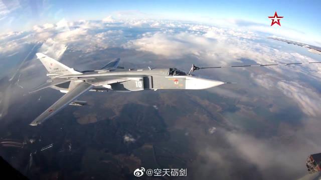 """云端之上,看波罗的海舰队海军航空兵""""穿针引线"""""""
