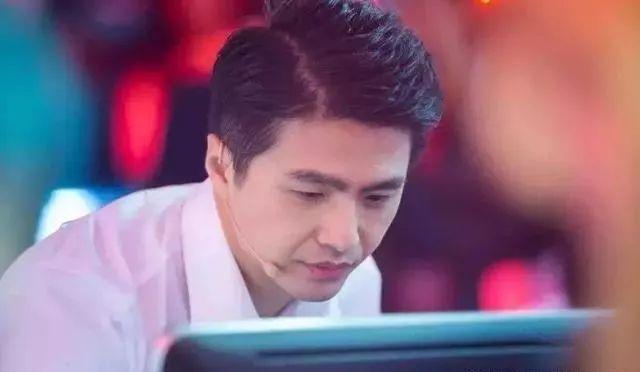"""他是中国最帅""""科学男神"""",31岁当上北大教授,他就是魏坤琳"""