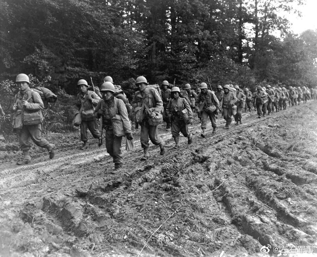 欧洲战场上的美军442步兵团