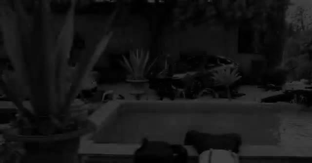 Travis Scott – Wake Up (feat. The Weeknd)