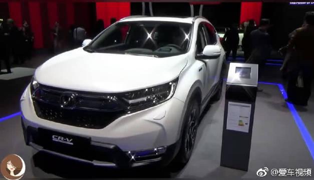 视频:2019款本田CR-V混动版,详细了解完配置后,打算买不买自己决定!