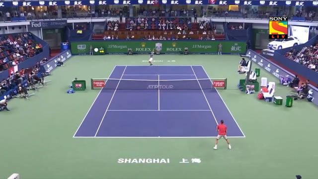 上海大师赛QF:费德勒虽然在第二盘挽救5⃣️个赛点,但还是以3:6/7