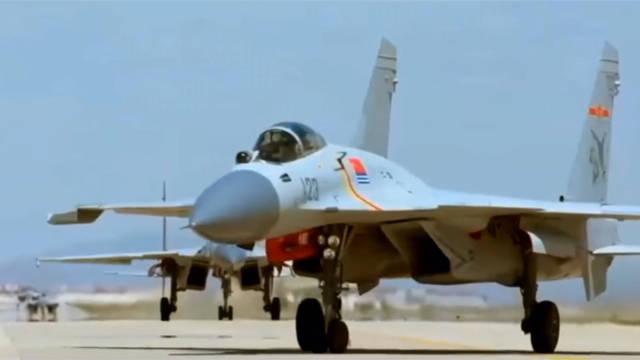 歼-15(飞鲨),深蓝之上的守护者。
