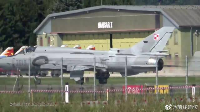 波兰空军苏-22M4K战机虽成疲病老马,却仍在坚持战斗!
