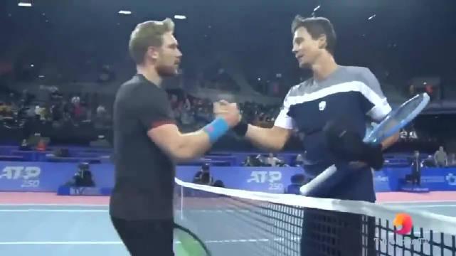 ATP蒙彼利埃站首轮,伯蒂奇以5-7/6-3/6-3逆转资格赛选手巴青格尔