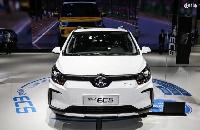 减少优惠幅度、推新车推服务
