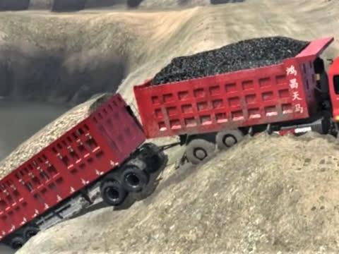 重型牵引车深山拉石材,被困无人区,第76期