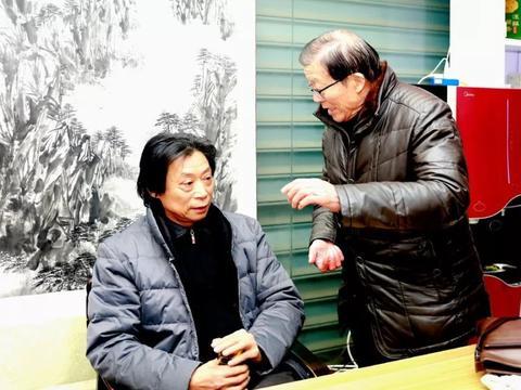 江苏海安  书画艺术家用这种方式为市民送新年祝福