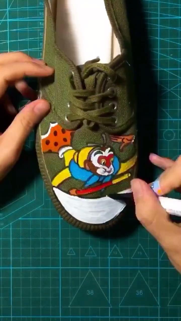 糟了,解放鞋要涨价了!   搞笑视频