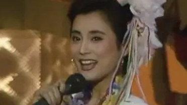 """因为这位无可撼动""""甜歌皇后"""",杨钰莹才只能是""""甜妹子"""""""