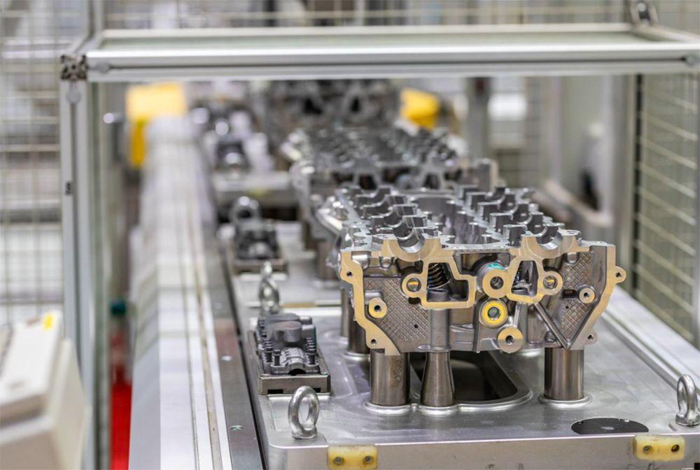 国产最快SUV,名爵HS能7.28秒破百,发动机出自这家工厂