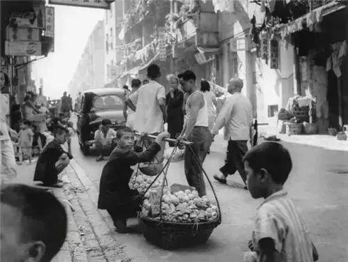美籍华人赵羡藻用镜头记录了20世纪五六十年代的香港风貌