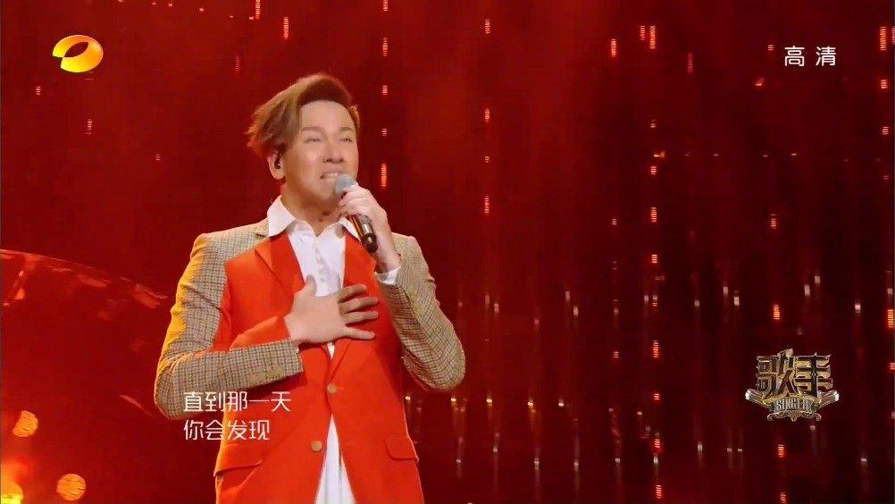 """李圣杰 -《痴心绝对》live。李圣杰一开唱 """" 为你付出那种伤心"""