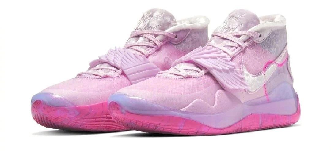 """粉红色的回忆!KD12""""乳腺癌""""配色,圣诞节送女朋友这个就够了"""