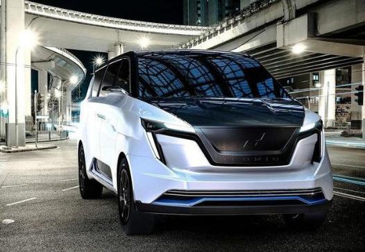 又一款造车新势力新车要上市,迪拜镀金回来,只卖给有钱人