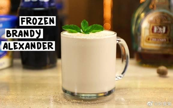 简单又高级的调酒方法,用白兰地制作好吃的鸡尾酒,快来看看吧。