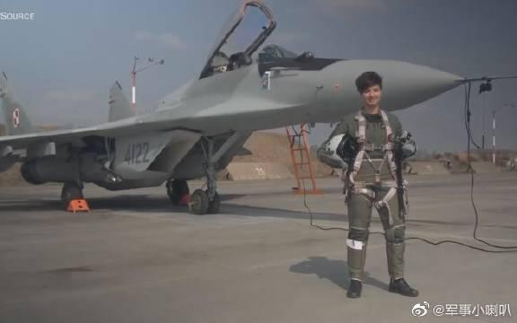 波兰第一位女性米格-29战斗机飞行员