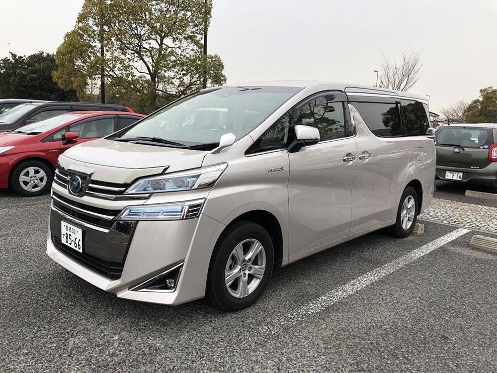 丰田威尔法日本卖40万,国内价格翻倍,还需另加价30万!