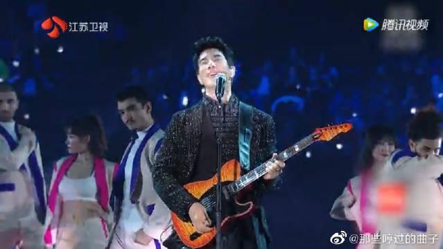 王力宏演唱经典原创歌曲《改变自己》,火力全开正能量满分
