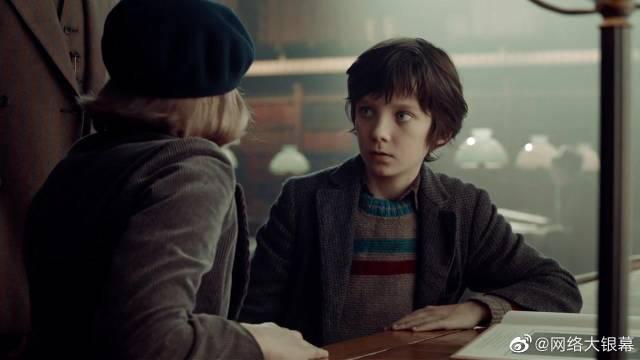 马丁斯科塞斯电影《雨果》中,对伟大的乔治梅里埃致敬片段。