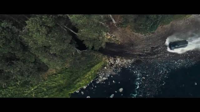全新路虎卫士参与了最新007电影《没空去死》的拍摄