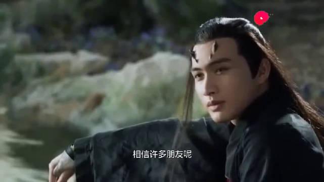 杨幂被问:和谁拍吻戏最有感觉?真是一个敢问一个敢答