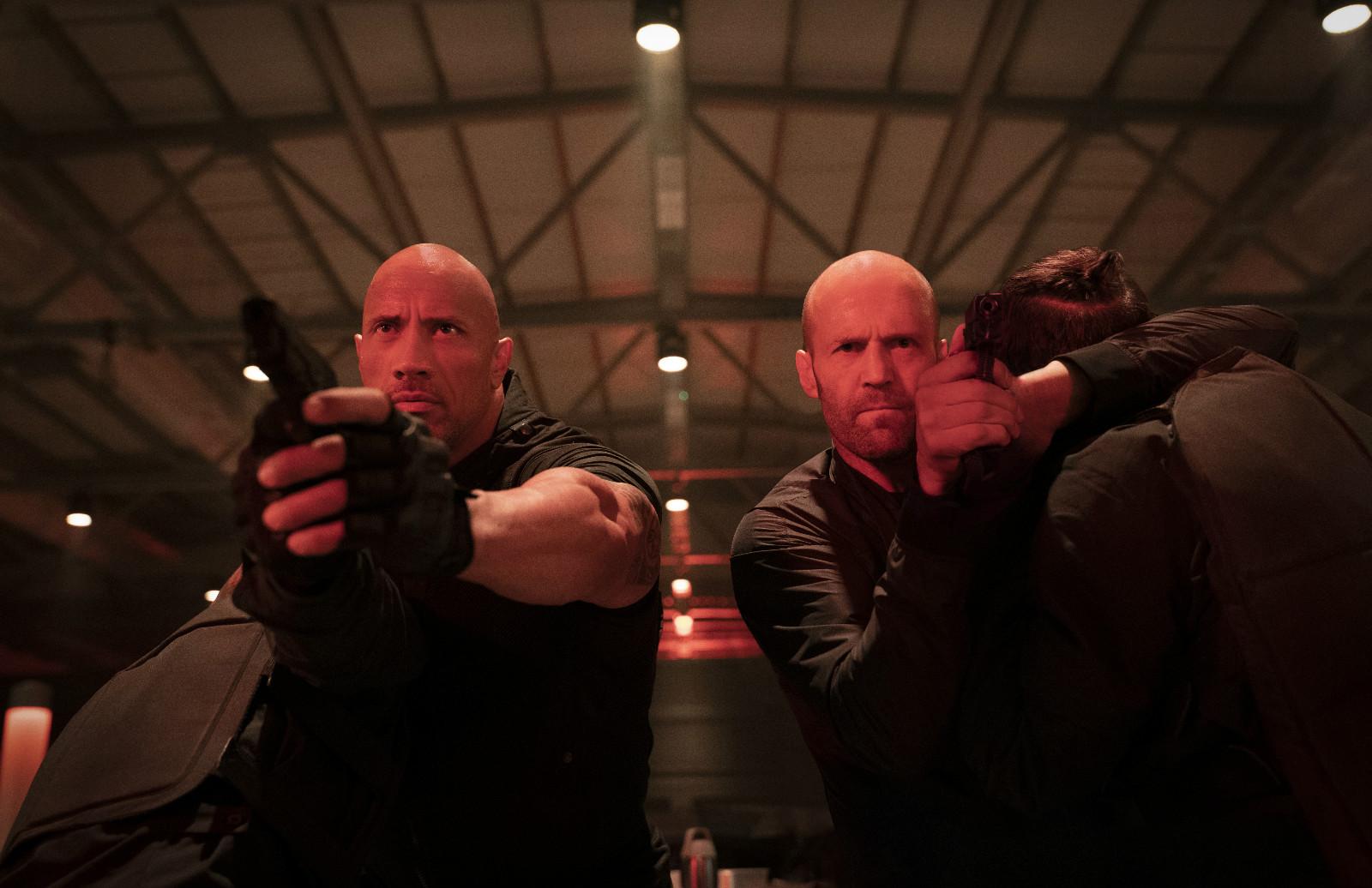 """强森秒变一拳超人!《速激:特别行动》""""霍布斯""""预告荷尔蒙爆棚"""