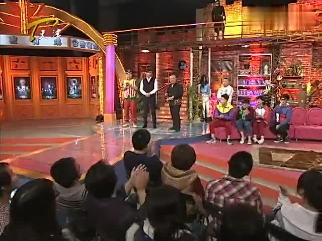 今夜有戏:焦恩俊现场演唱《蒲公英》,独特嗓音超有穿透力!