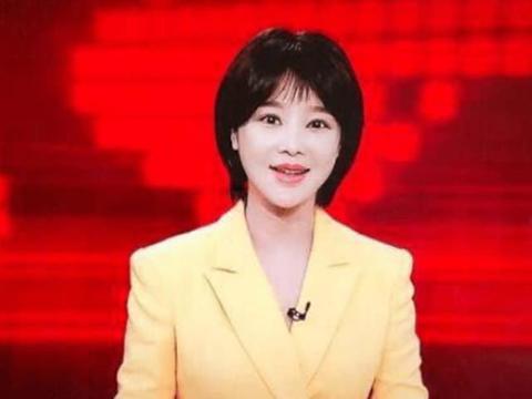 她是央视美女主持人,曾与韩庚热恋,如今嫁给大家都熟悉的他!