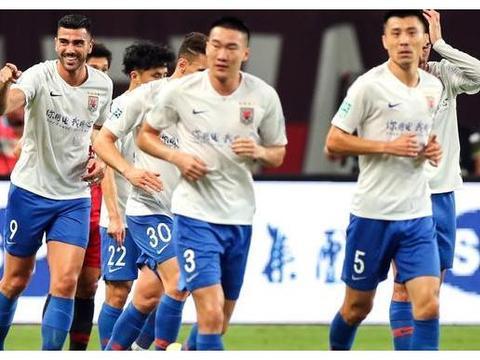 山东鲁能客场2-0大胜上海上港,江苏苏宁直接躺枪