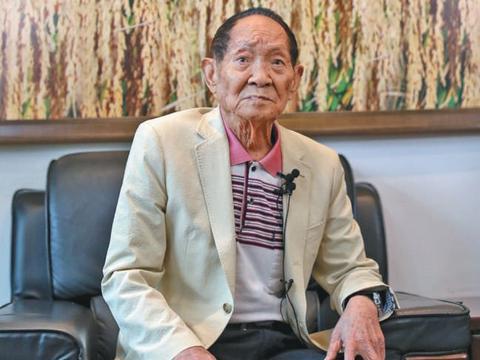 对话袁隆平:没想过退休,最怕闲下来变痴呆