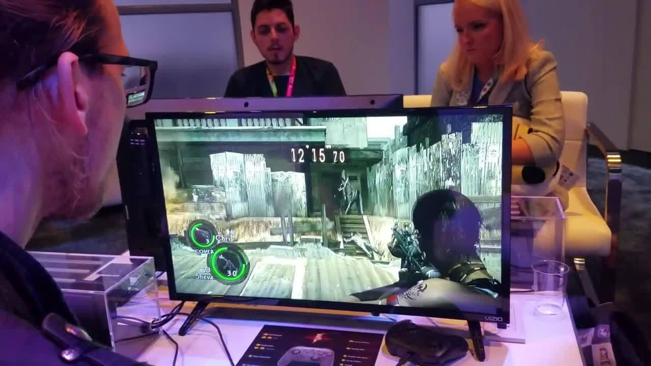 《生化危机 5》《生化危机 6》NS版E3试玩屏摄,今年秋季发售。