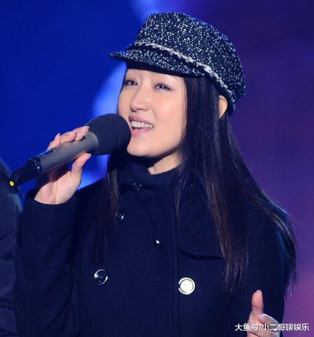 玉女杨钰莹已经47,岁月虽然在她脸留下痕迹,可容颜气质还在