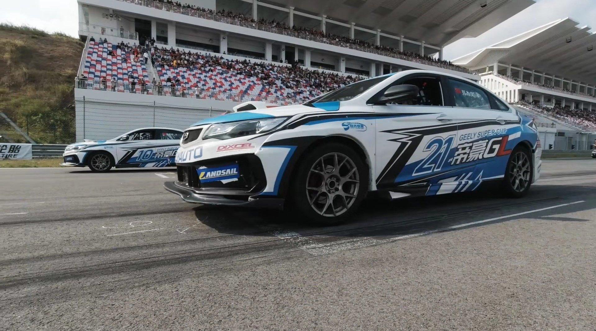 周末分秒汽车来到了宁波国际赛车场