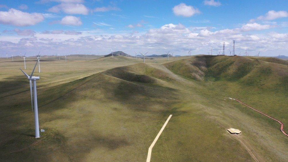 改装床车一个人自驾内蒙古锡林郭勒,探访中蒙边境,航拍草原风光