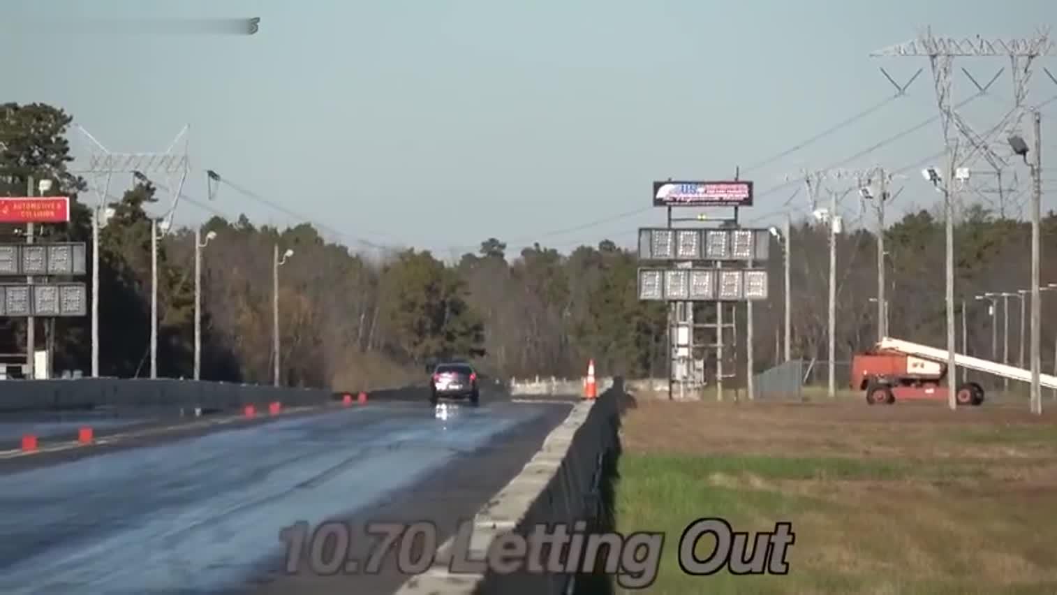视频:克莱斯勒300C SRT8 大合集