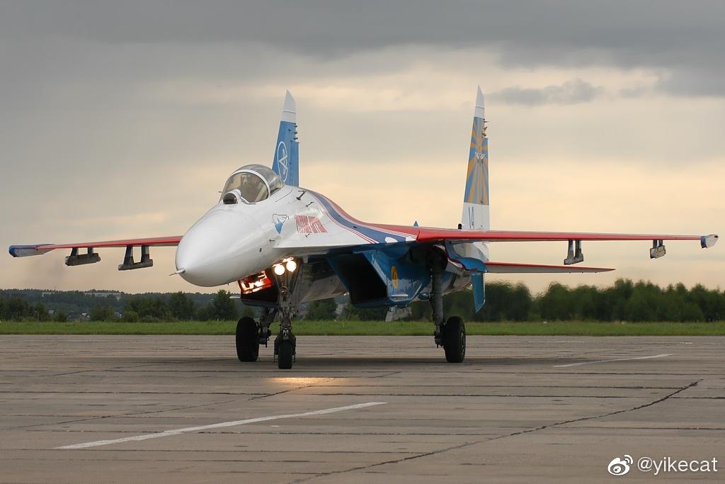 "Сухой Су-27С/Sukhoi Su-27S Flanker-B""侧卫B""歼击机最初"