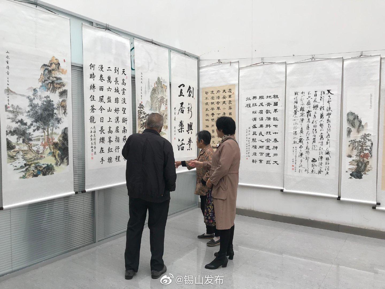 东亭街道举办庆祝新中国成立70周年书画摄影展