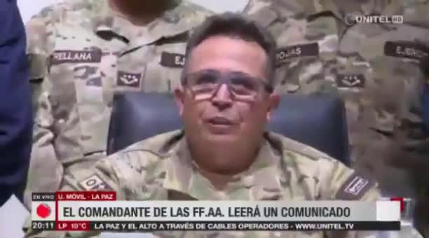 今天早上玻利维亚武装部队总司令宣布军方和警察接管玻利维亚