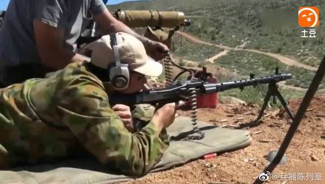 MG34式轻机枪,远距离射击威力衰减了不少