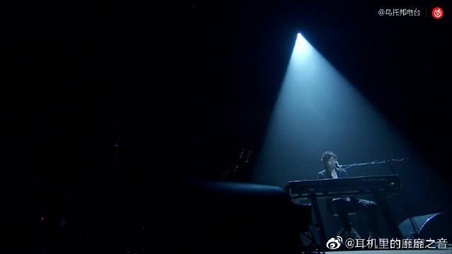 齐藤和义,钢琴弹唱《歌うたいのバラッド》